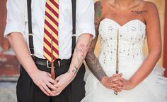 Harry Potter themed wedding on The Knot. Adorably nerdy. The wands! The scarves! The owl cake!