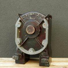 Molde Caldera Door Handles, Industrial, Doors, Vintage, Home Decor, Molde, Boiler, Filing Cabinets, Homemade Home Decor