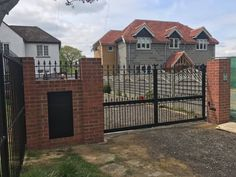 Metal framed with our premium frame system. Driveway Gate, Fence, Electric Gates, Sliding Gate, Craftsman, Cabin, Traditional, House Styles, Metal