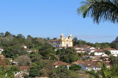 Tiradentes - Minas Gerais #roteiro #popfino #viagem # Mansions, House Styles, Brazil, Home Decor, Cozy, Minas Gerais, Viajes, World