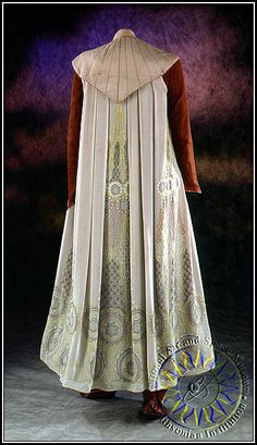 """From """"Star Wars: Episode V - The Empire Strikes Back"""" (1980) worn by Carrie Fisher as Princess Leia design by John Mollo"""