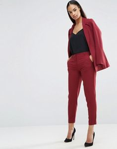 Buy ASOS Ankle Grazer Cigarette Trousers in Crepe at ASOS. Get the latest trends with ASOS now. Business Casual Outfits, Business Attire, Business Fashion, Classy Outfits, Trendy Outfits, Fashion Outfits, High Street Fashion, Work Fashion, Fashion Looks