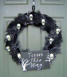Halloween Wreath - almost everything you need from the Dollar Store!!
