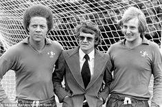 Derek Richardson, MANAGER EDDIE MCCREADIE, and Steve Sherwood.