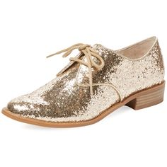 Seychelles Women's Welcome Back Oxford - Gold - Size 8 (1.230 ARS) ❤ liked on Polyvore featuring shoes, oxfords, gold, platform lace up shoes, gold shoes, gold low heel shoes, glitter shoes and gold oxford shoes