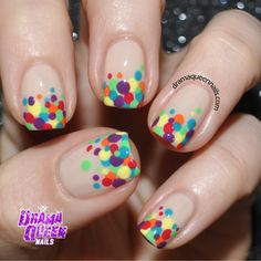 Drama Queen Nails: #31dc2014 Day 11 - Polka Dots