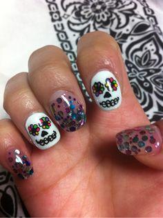 @Lorena Cardenas For our Halloween customs!!