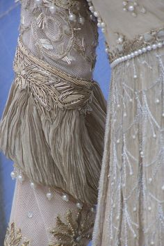 Ever After Costumes - Such beautiful detail! Theatre Costumes, Movie Costumes, Cosplay Costumes, Historical Costume, Historical Clothing, Use E Abuse, Textiles, Bridal Gowns, Wedding Dresses
