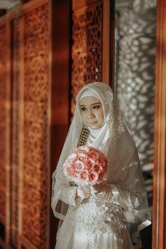 Prosesi Akad Nikah Kebaya Muslimah Tyas & Irsyad BY LAKSMI 0817 0370 7670 by LAKSMI - Kebaya Muslimah & Islamic Bride - 010