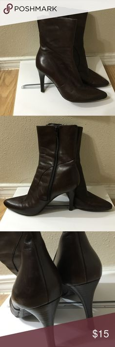 Nine West brown boots Pointed toe-leather boots, worn only a few times. Decent condition. Does show some wrinkly leather from wearing it. As you can tell from bottom of shoe-it was used very little. Moving need to sell by end of September. Make me an offer! :) Nine West Shoes Ankle Boots & Booties