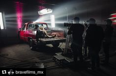 Behind the scenes by @bravefilms_mx :  This is gonna be a throwback week or not  Loved this setup. 3 @kinoflolightingsystems and a couple of beams. We shot on the @reddigitalcinema #Raven for @delianmusic And director @carlosbluu - - - - - - - - - #famousbtsmag #iso1200 #iso1200magazine #bts #behindthescenes #simpleBTS #red #redraven #dop #dp #directorofphotography #cinematography #cinematographer #filmmaker #filmmaking #filmlife #REDCC