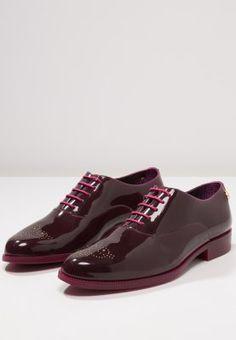 LEMON JELLY JENY - Schnürer - cherry - Zalando.ch Men Dress, Dress Shoes, Jelly, Cherry, Casual Outfits, Oxford Shoes, Lemon, Lace Up, Fashion