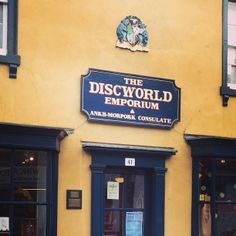 Hogswatch 2015 - at the Discworld Emporium and all over Wincanton