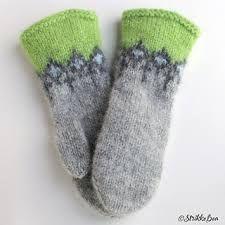 Ravelry: Tovavotten Gnist pattern by StrikkeBea Ravelry, Knit Crochet, Socks, Knitting, Hats, Pattern, Felting, Fashion, Fingerless Mittens
