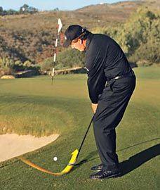 golf mens,golf tips,golf accessories,golf equipment,golf workout Golf Chipping Tips, Golf Instructors, Golf Score, Phil Mickelson, Golf Putting Tips, Golf Tips For Beginners, Golf Training, Golf Quotes, Golf Lessons