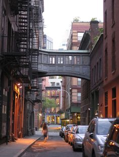 "newyorkcityfeelings: ""  Gotta love this atmosphere, Tribeca via @magicofnewyork """