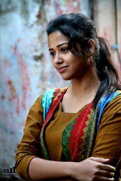 Kolkata actress Sohini Sarkar hot photos