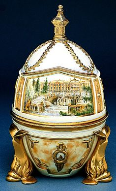 "FABERGE eggs__Theo Faberge ""Peterhof Egg"" The surprise, a replica of the Throne Room of the Great Palace detailed with the portrait of Catherine the Great. Tsar Nicolas Ii, Objets Antiques, Fabrege Eggs, Art Nouveau, Art Deco, Faberge Jewelry, Imperial Russia, Egg Art, Saint Petersburg"