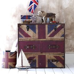 I love using the union jack for decor