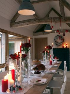 rustic holiday dining room