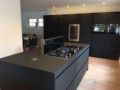 Top 92 Most Popular Kitchen Design Ideas Home Decor Kitchen, New Kitchen, Interior Design Living Room, Kitchen Ideas, Black Kitchens, Home Kitchens, Contemporary Kitchen Design, Küchen Design, Design Ideas