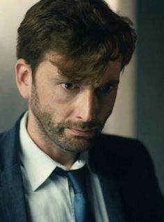 David Tennant as Detective Inspector Alec Hardy in Broadchurch----love love love him in this series!!!