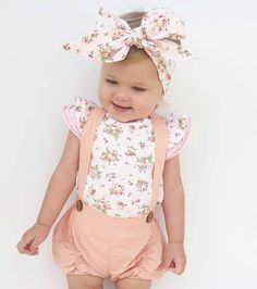 Image may contain: 1 person Baby Girl Fashion, Toddler Fashion, Kids Fashion, Baby Girl Romper, Cute Baby Girl, Cute Babies Photography, Floral Romper, Floral Jumpsuit, Cute Outfits For Kids