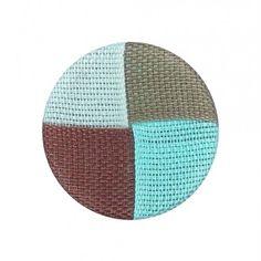Petit bouton 18 mm coton 4 coloris, avec Support du bouton en aluminium.