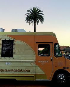 The days are getting shorter, but that never stopped us from rolling along!  #food #foodtrucks