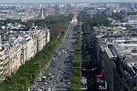 #ridecolorfully along Avenue des Champs-Elysees
