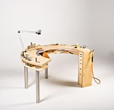 8 Refined Tips: Woodworking Furniture Tips And Tricks woodworking lamp house.Wood Working Bench Patio woodworking router how to make.Wood Working Small Home Office. Woodworking Workbench, Woodworking Furniture, Fine Woodworking, Woodworking Crafts, Woodworking Quotes, Intarsia Woodworking, Woodworking Classes, Woodworking Techniques, Woodworking Videos
