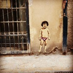 More Mallorcan graffiti, this one a little creepy. These cute little works of art are all over Palma de Mallorca. #palma #palmademallorca #Spain #mallorca #graffiti #graffitiart #oldmen