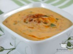 Sos Remoulade Romanian Food, I Want To Eat, Desert Recipes, Cheeseburger Chowder, Deserts, Food And Drink, Soup, Cooking Recipes, Meals