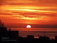 El sol cuando amanece by antonioc55