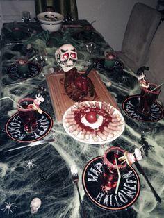 Halloween Bolognese, Halloween, Painting, Food, Art, Craft Art, Meal, Paintings, Eten
