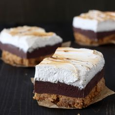 S'mores Fudge Bars have a thick layer of buttery graham cracker crust, fudgy chocolate filling, and a homemade toasted marshmallow topping. Incredible!