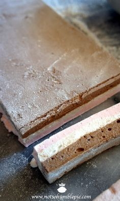 Not So Humble Pie: Neapolitan Marshmallows Recipes With Marshmallows, Homemade Marshmallows, Homemade Candies, Candy Recipes, Sweet Recipes, Dessert Recipes, Fudge Recipes, Yummy Treats, Sweet Treats