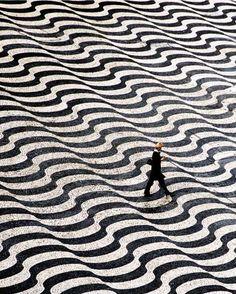 Photograph by Danuta Hyniewska. Lisbon, Portugal.
