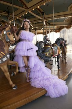 Ming Lee Simmons x Disrupshion Magazine Casual Dresses, Fashion Dresses, Best Fashion Designers, Princess Aesthetic, Glam Girl, Model Look, Red Carpet Fashion, Ball Dresses, Purple Dress