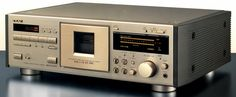 TEAC V-8000S (1993)
