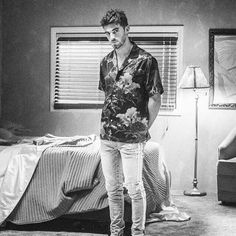 Chainsmokers, Andrew Taggart, My Crush, Dj, Bedroom Decor, Singers, Smokers, Adventure, Pictures