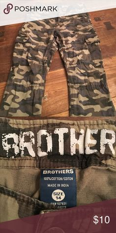 Brothers brand camo pants - size 14 Brothers brand camo pants - maybe worn twice. Brothers Bottoms Casual