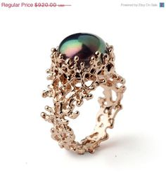 SALE  CORAL Black Pearl Ring Black Pearl Engagement Ring par arosha