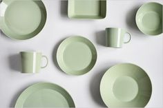 Keep it simple, Iittala Teema in Celadon Green, mix and match to make your own style, stunning  dinnerware that lasts a lifetime....