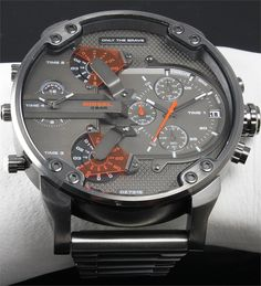 Diesel DZ7315 Mr. Daddy - amazing watch at Kish.nl   http://www.kish.nl/Diesel-horloge-DZ7315-Mr-Daddy-2.0/