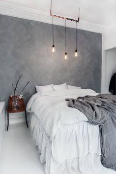 Minimalist Decor Traditional Apartment Therapy rustic minimalist home woods.Minimalist Home White Living Rooms minimalist bedroom girl home decor.Minimalist Home Modern Simple. Gray Bedroom, Home Decor Bedroom, Modern Bedroom, Bedroom Furniture, Furniture Plans, Kids Furniture, Furniture Chairs, Bedroom Inspo, Bedroom Inspiration