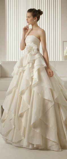 2015 Wedding Dresses Rosa Clara #wedding gowns #Wedding Inspirasi#weddingdress #bridal #ウエディングドレス#ブライダル