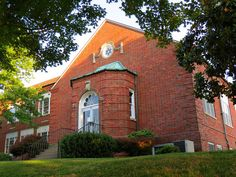 Cape Girardeau City Hall (used to be the high school) by Eridony, via Flickr