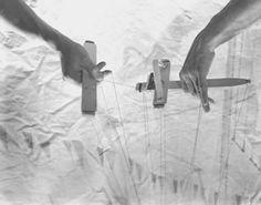puppeteer hands