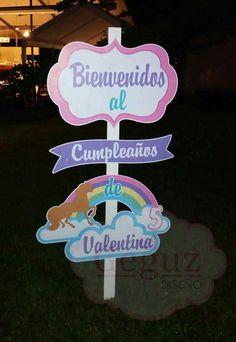 Welcome signal unicornio unicorn birthday party Baby Girl Birthday Theme, My Little Pony Birthday, Little Pony Party, Unicorn Birthday Parties, Diy Birthday, Unicorn Party, Birthday Party Themes, Party Photo Frame, Paper Flowers Craft